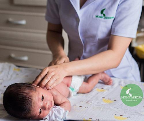 Dịch vụ tắm bé sơ sinh tại nhà chuyên sâu