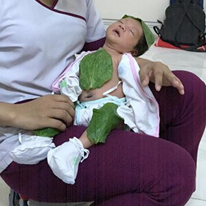 Chị Le Thuy sử dụng dịch vụ Massage và Tắm Bé