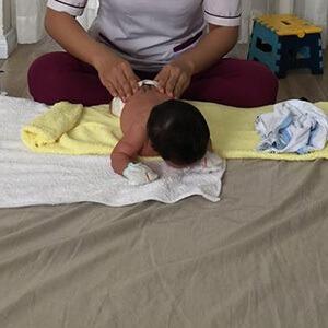 Chị Uyên sử dụng dịch vụ Massage và Tắm Bé