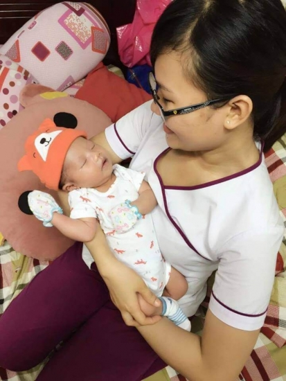 Chị Hoàng - Bình Tân - Sử dụng DV Tắm bé