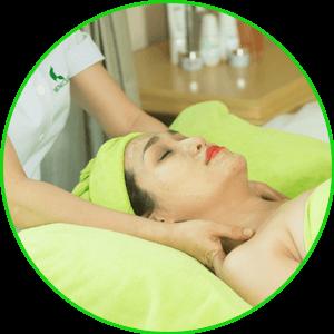 Massage đầu cổ vai